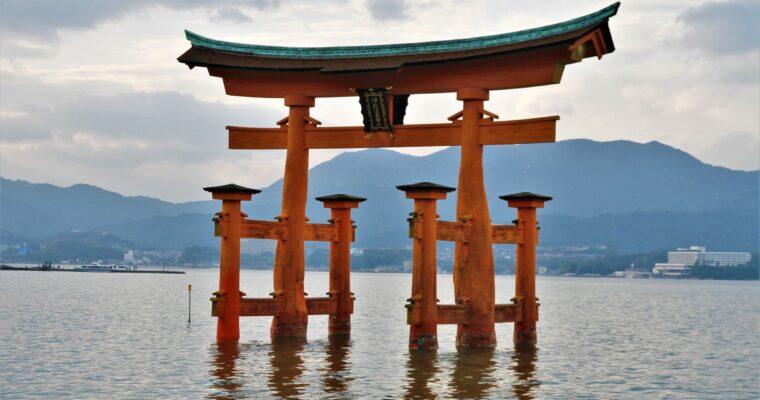 NAKED     BATH      JAPANESE     GIRLS